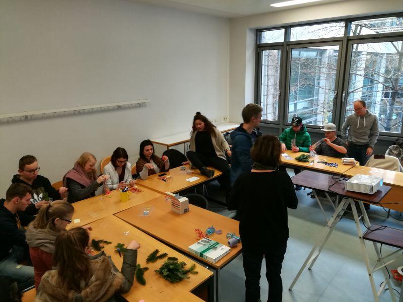19 Teilnehmer in Berln.